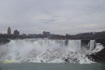 Niagara Falls, American side (as seen from Canada), panorama.