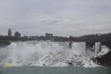 Niagara Falls, American side (as seen from Canada), panorama.