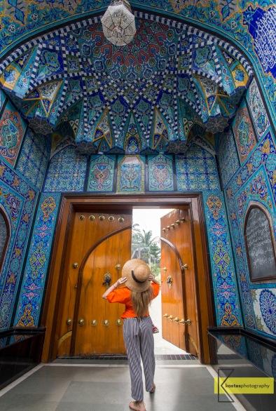 Mughal Masjid Entrance with impressive art decoration, Mumbai, India.