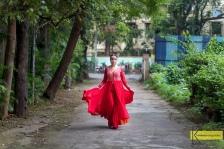 Bollywood actress, Silkeena. My favorite type of portrait/action walking. Testing my new 6D Mark II, Mumbai, India.