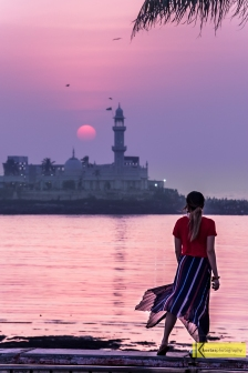 I used the 70-200 mm lens, for this one, which means I was in the street with cars speeding continuously. Not the safest place to be, but it was worth it! Haji Ali Dargah, Mumbai.