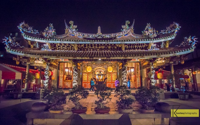 As most Shrines and Temples in Taiwan, Dalongdong Baoan Temple is decorated with some beautiful lights at night. An impressive architecture made even better. Taipei, Taiwan.