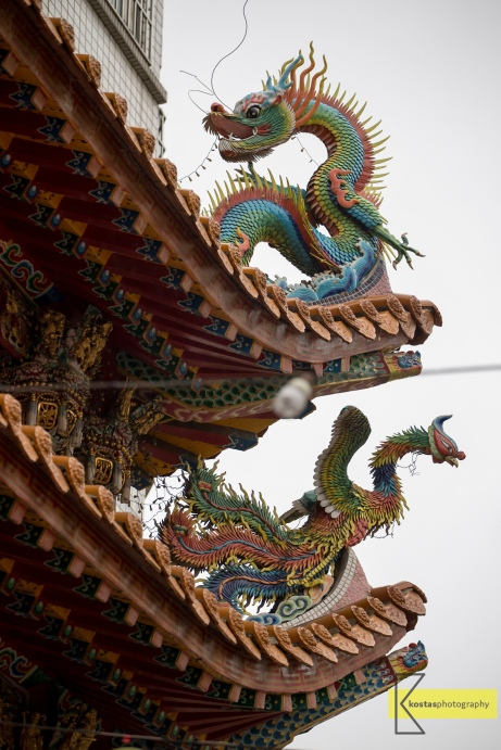 Tainan Chinese Temple 三老爺宮. Roof detail.