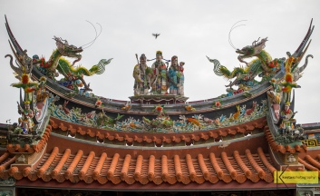 Amazing Roof decoration detail from Avalokitesvara Temple. One of the numerous temples you can find in Tainan, Taiwan.